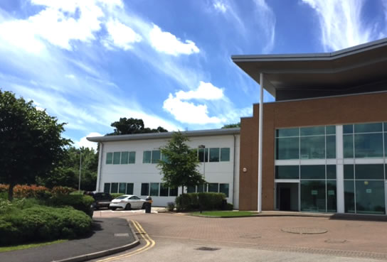 OFFICE LETTING ON LEADING M1 BUSINESS PARK